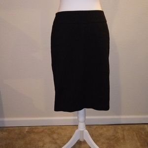 LOFT Ann Taylor black lined skirt like new 6